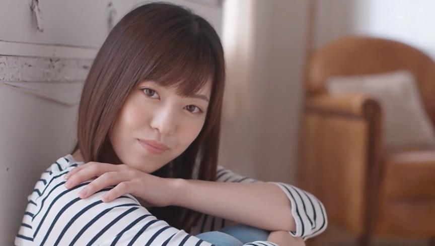 透きとおるような白い肌とFカップ巨乳 新人 七瀬いおり デビュー!